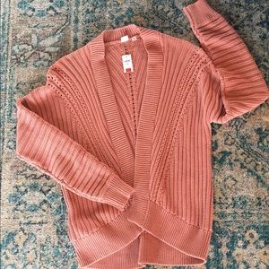 GAP cardigan sweater.  Size Med Tall NWT